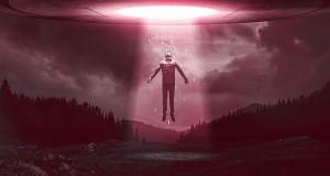 UFO vermelho  luz - To no Cosmos