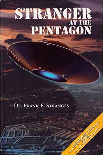 livro estranho no pentagono - To no Cosmos