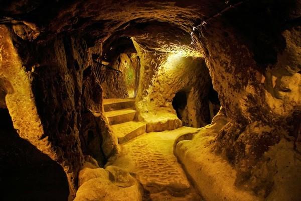 Resultado de imagem para fotos dos misteriosos túneis secretos