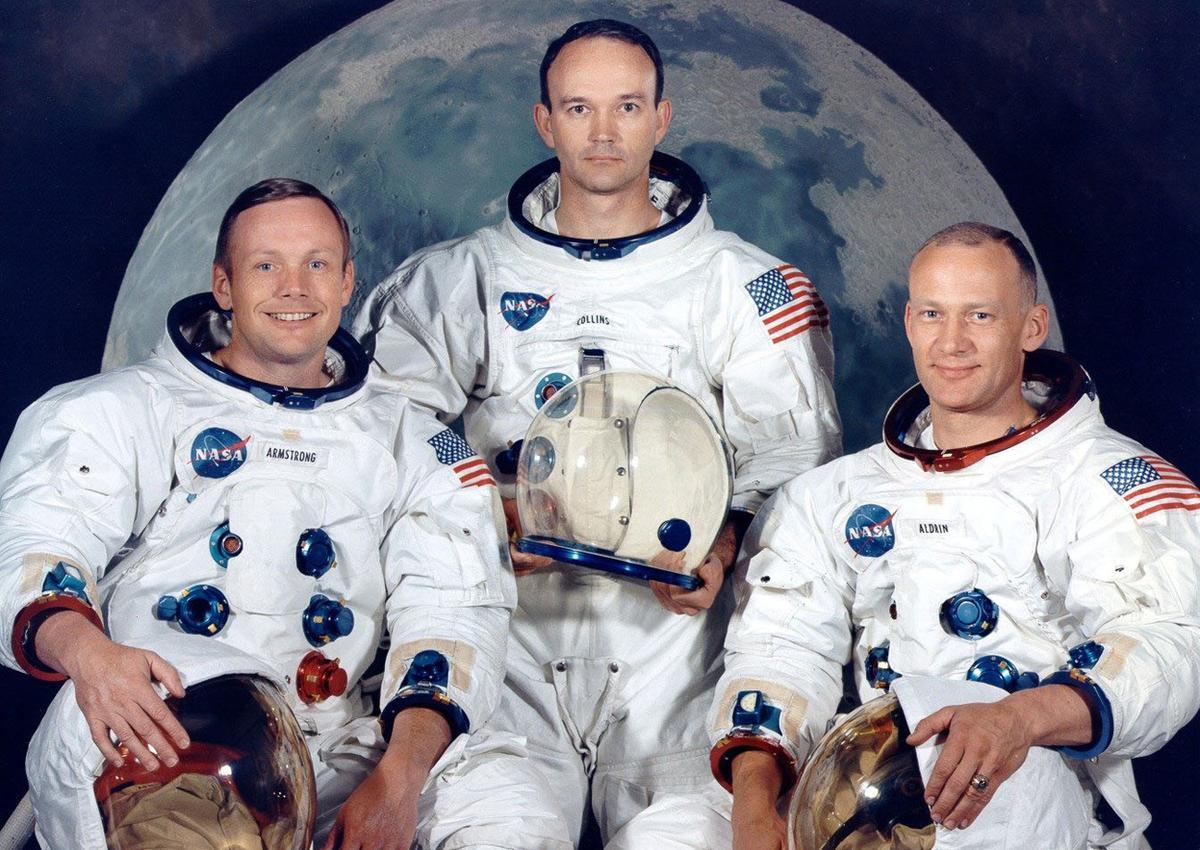 astronautas-lua-TonoCosmos