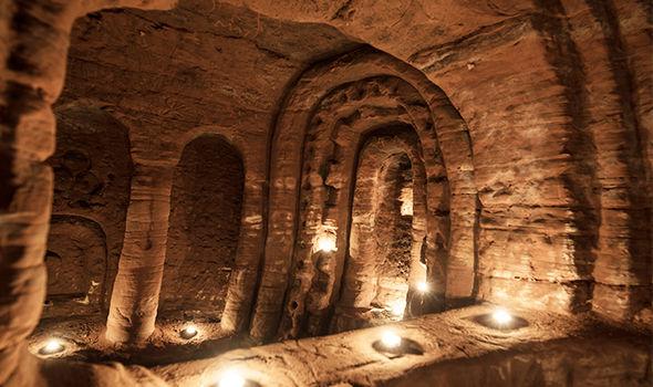 Knights-Templar-cave-Shropshire--tonocosmos
