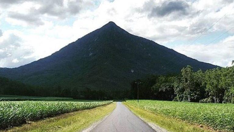 suposta-pirâmide-na-Austrália-768x435
