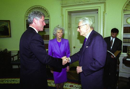 Bill Clinton - Laurance Rockefeller - Tô no Cosmos