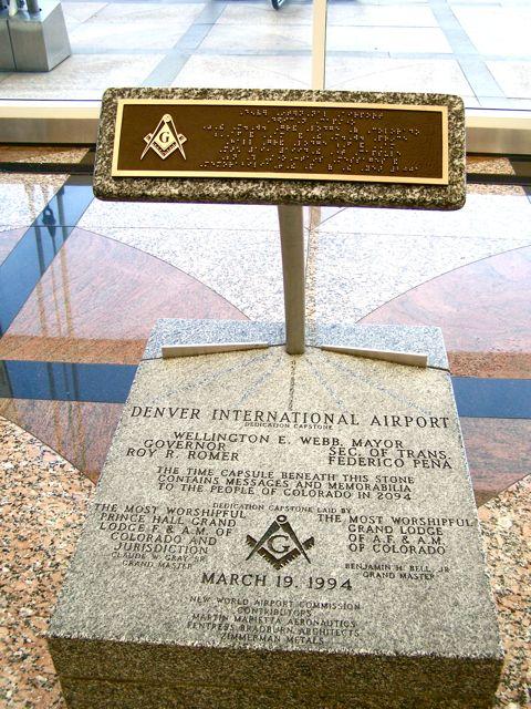 placa aeroporto 1- To no Cosmos