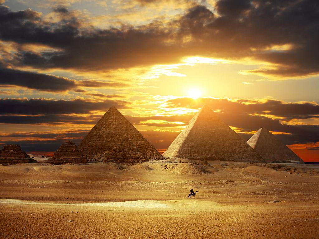 piramides-de-egipto - To no Cosmos