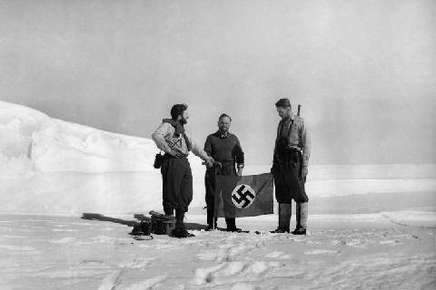 nazi-antartida-ToNoCosmos