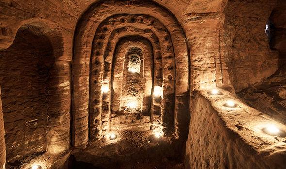 Knights-Templar-cave-tonocosmos